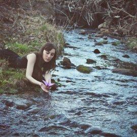 letting-go-woman-stream-