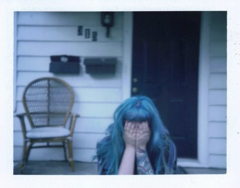 she-girl-cry-blue-hair-woman-sad
